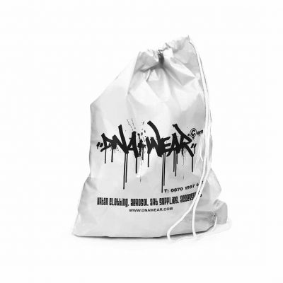 Duffle style rope handle carrier bags